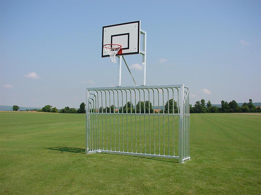 Knaldoel met basketbaltoestel